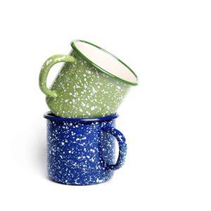 emaille-tasse-m-blau-hellgruen-weisse-sprenkel-kollektion